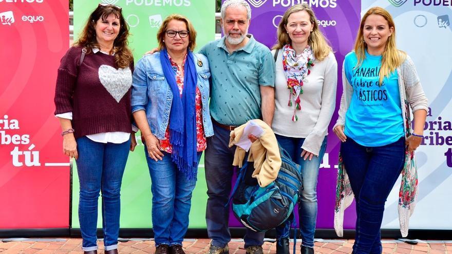 Concepción Monzón, Meri Pita, Eugenio Reyes, Victoria Rosell y Noemí Santana.