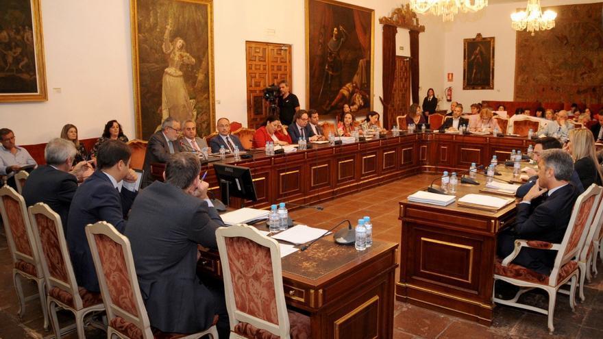 Sesión de un Pleno de la Diputación Provincial de Córdoba.