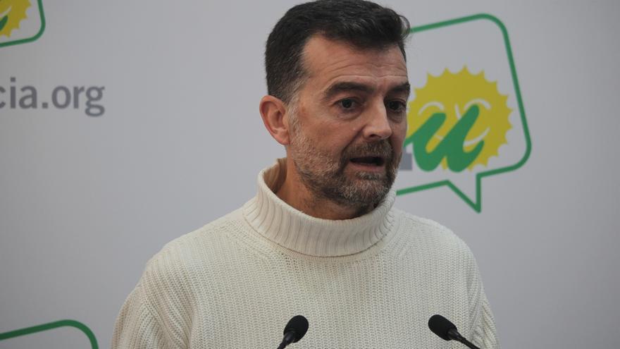 """Maíllo acusa al PP de """"espectacularizar"""" el dolor de las familias de víctimas y exige dejarlo fuera del debate político"""