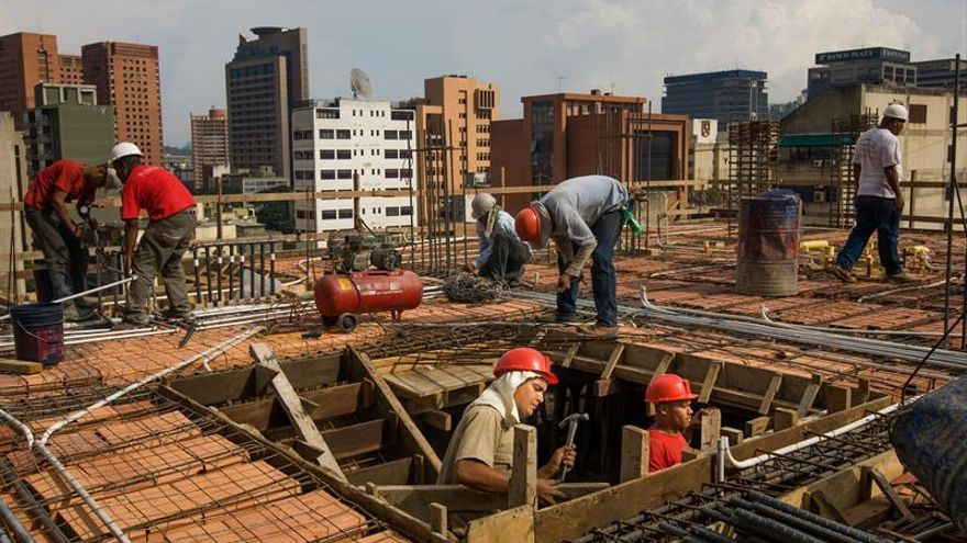 El Gobierno venezolano gastó 73.000 millones de dólares en construcción de casas
