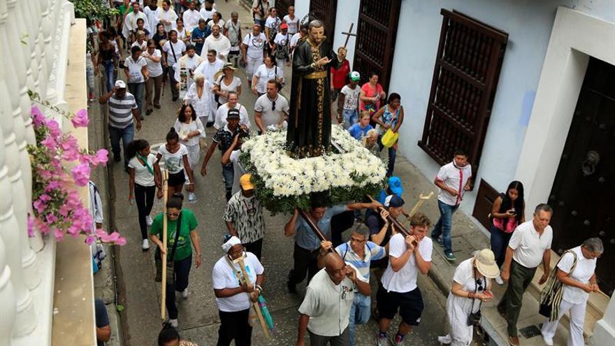 Cartagena celebra día de DD.HH. en Colombia en víspera de la visita del papa
