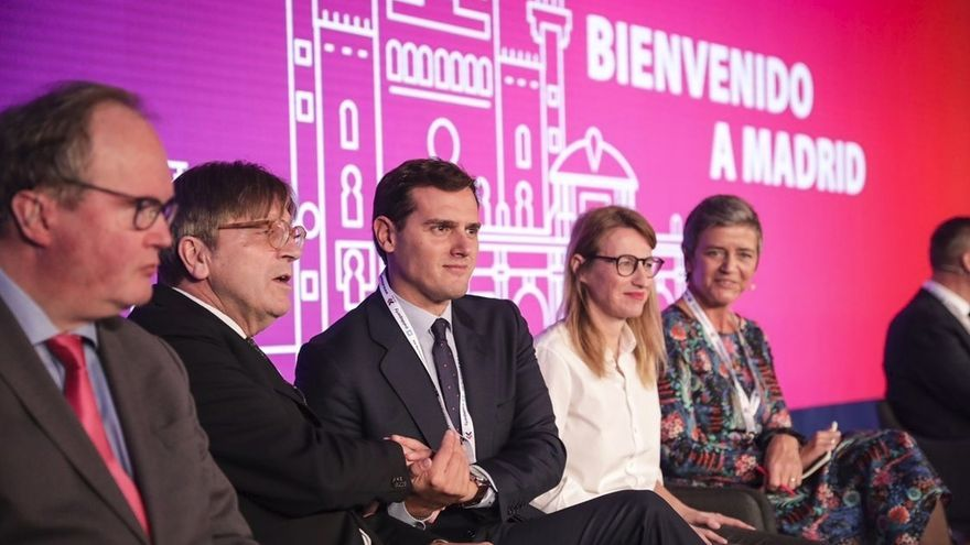 """Rivera pide ante los liberales europeos tender puentes para ir a las elecciones de 2019 con un alianza """"fuerte y amplia"""""""
