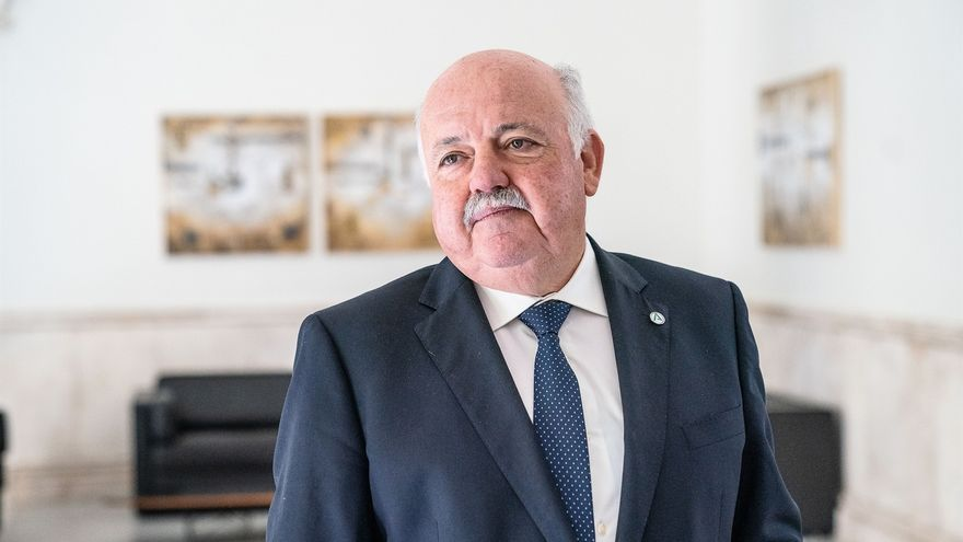 """La Junta confirma 24 muertes en la residencia Joaquín Rosillo """"posiblemente ligadas"""" al Covid-19"""