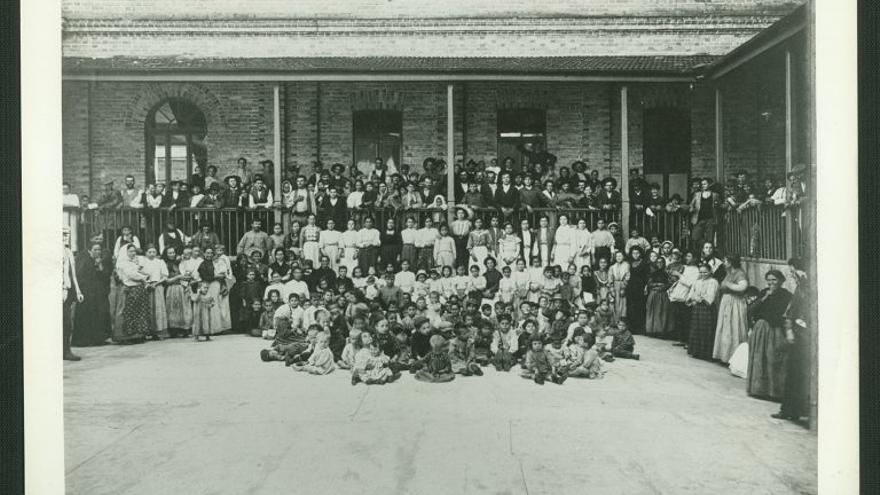 Españoles llegados a la Hospedería de los Inmigrantes en Brasil.