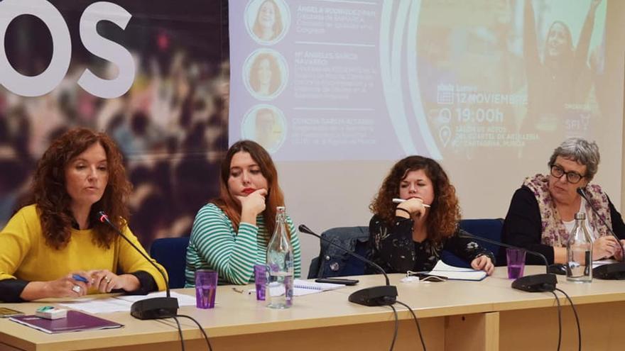 María Ángeles García Navarro, Ángela Rodríguez, Sofía Castañón y Concha García Altares / CARLOS TRENOR