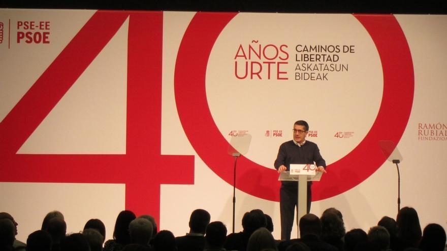 """López afirma que, pese a los """"momentos de dificultad"""" se logrará reconstruir el """"mejor"""" PSOE, """"más unido y más fuerte"""""""