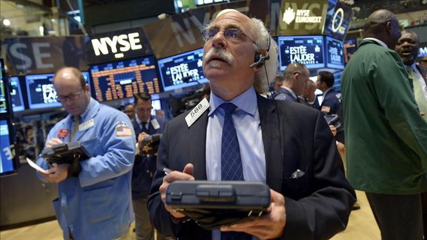 Wall Street abre a la baja y el Dow Jones pierde un 0,39 por ciento