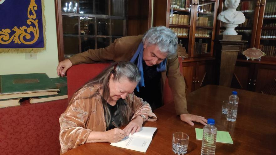 Elsa y Manolo este jueves en La Cosmológica.