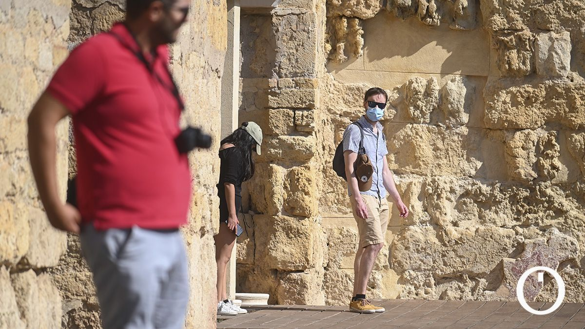 Turistas Medina Azahara