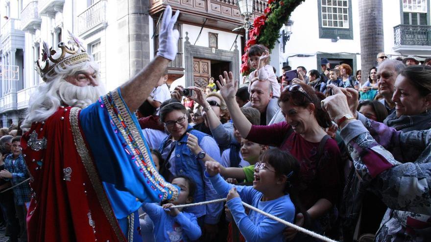 Imagen de archivo de la tradicional Cabalgata de Reyes de Santa Cruz de La Palma.
