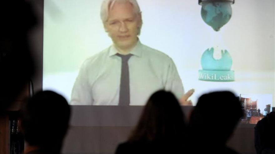 Proyecto artístico busca recaudar fondos para crear una estatua de Assange