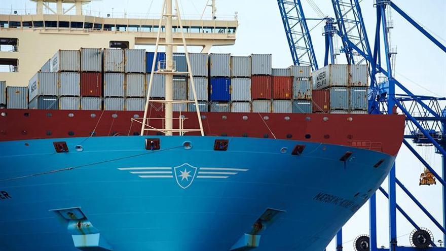 El déficit comercial de EEUU cae a 39.500 millones de dólares en julio