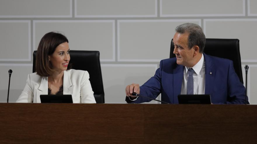 El presidente de la DPZ, Juan Antonio Sánchez Quero, y la vicepresidenta, Teresa Ladrero