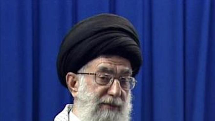 Las autoridades iraníes ratifican que Jamenei no puede ser cesado
