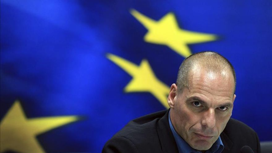 Grecia asegura que no actuará de forma unilateral y calma a los inversores