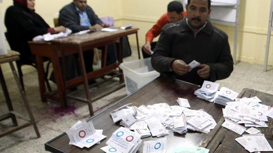 Nueve muertos y 444 detenidos durante los dos días del referéndum en Egipto