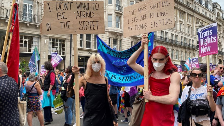La espera que pone en riesgo la vida de las personas transgénero