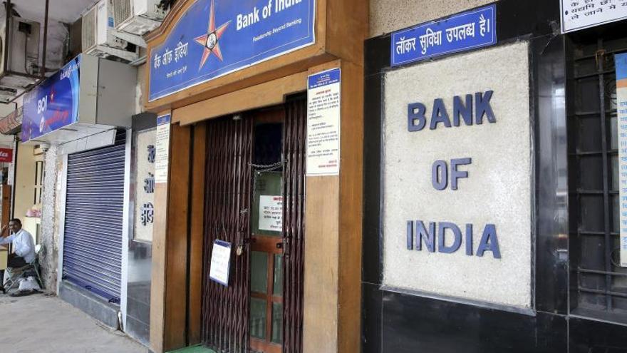 India rebaja impuestos a empresas del 30 % al 22 % para relanzar la economía