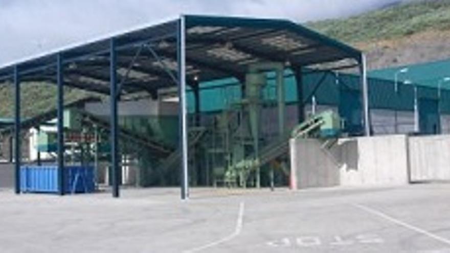 Complejo de tratamiento de residuos de Los Morenos-1+