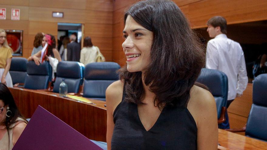 """Isa Serra tilda de """"muy viejo"""" el discurso de Ayuso y asegura que se ha reído de los madrileños al hablar de corrupción"""