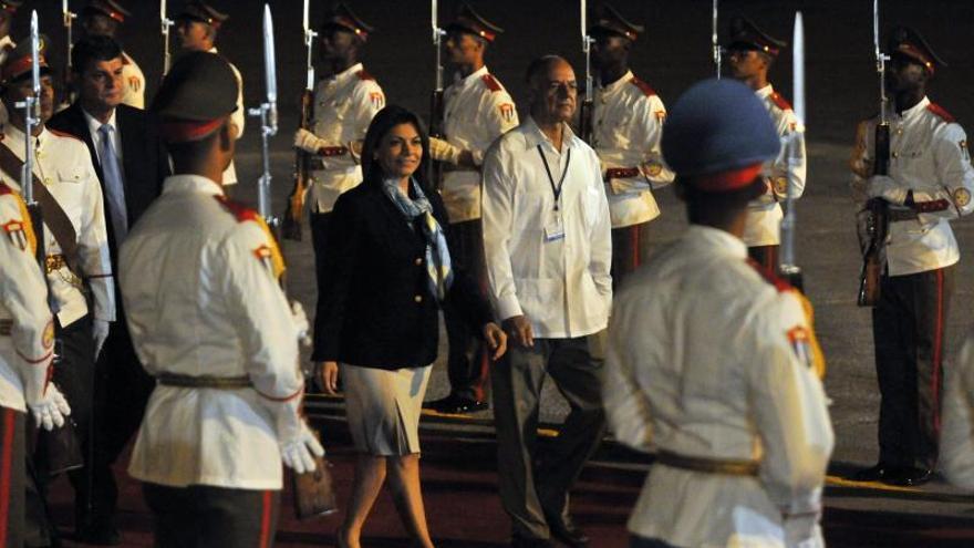 La presidenta de Costa Rica llega a Cuba para asumir el liderazgo de la Celac