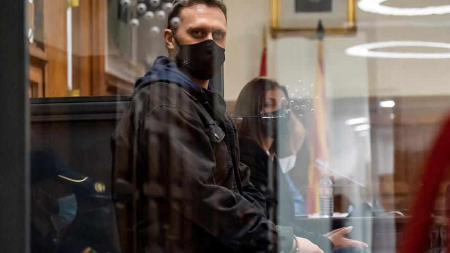Condenado a prisión permanente Igor el Ruso por tres asesinatos en Teruel