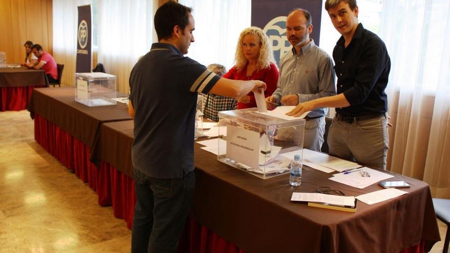 PP-A cifra en un 35 por ciento de media la participación en las primarias en Andalucía, hasta las 13,00 horas