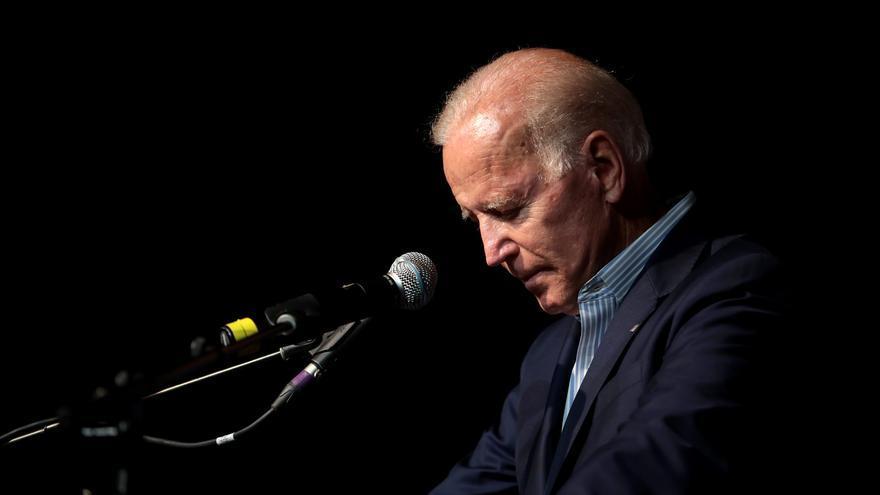 El ex vicepresidente y actual candidato presidencial Joe Biden habla un evento de los demócratas en Iowa.