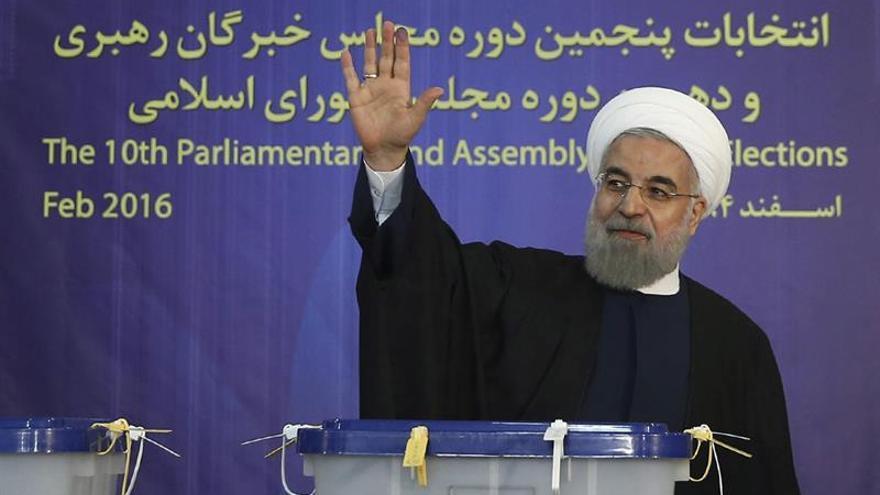El recuento final confirma un gran triunfo de Rafsanyaní y Rohaní en Teherán
