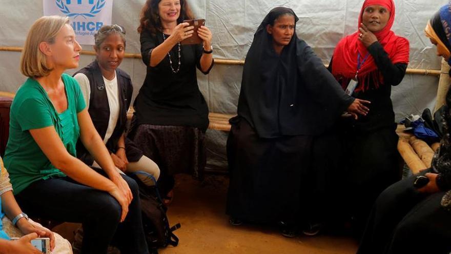 Zuloaga asiste a la Feria de la Alubia en Casar de Periedo y a la de ganado de San Felices de Buelna