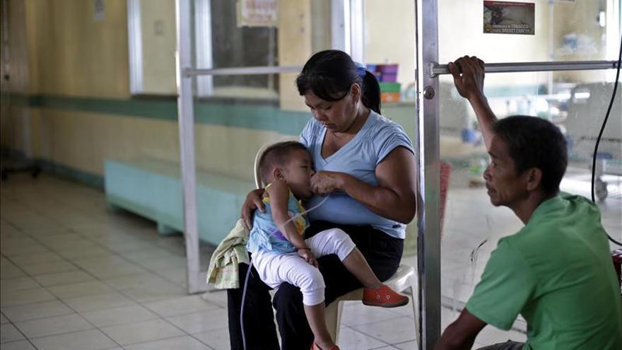 Los habitantes de Tacloban reciben escasa atención médica tras el paso de Haiyan