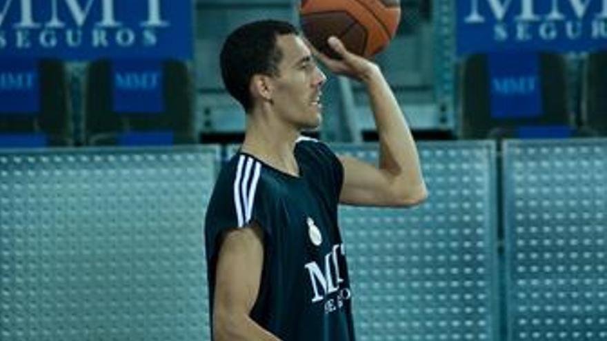 Pablo prigioni jugador real madrid de baloncesto