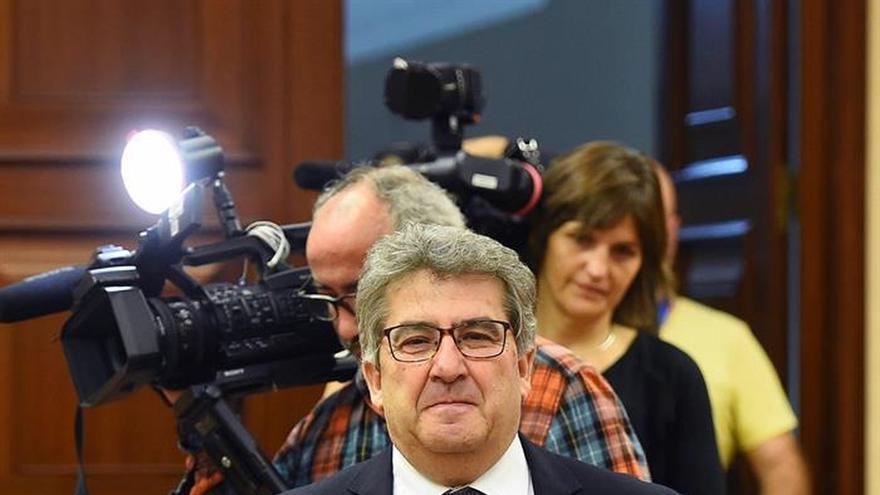 El PP cuestiona los méritos de De Prada para el CGPJ y éste promete independencia
