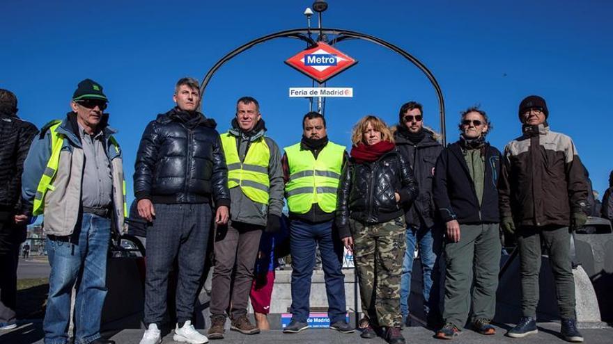 Ocho taxistas madrileños inician una huelga de hambre