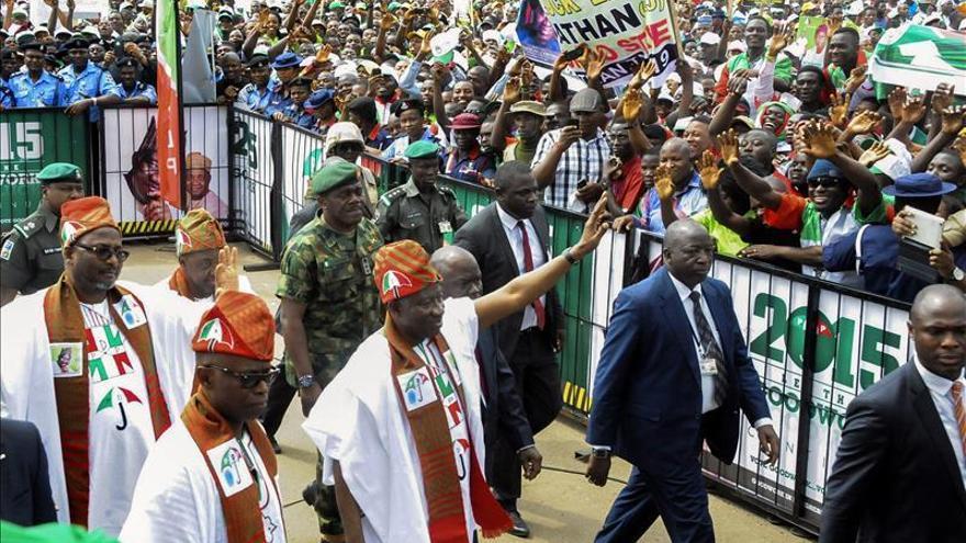 EE.UU. llama a unas elecciones pacíficas y libres en Nigeria