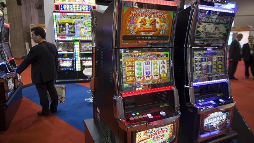 La economía de Macao se hunde en el primer trimestre por la caída de los casinos y el turismo