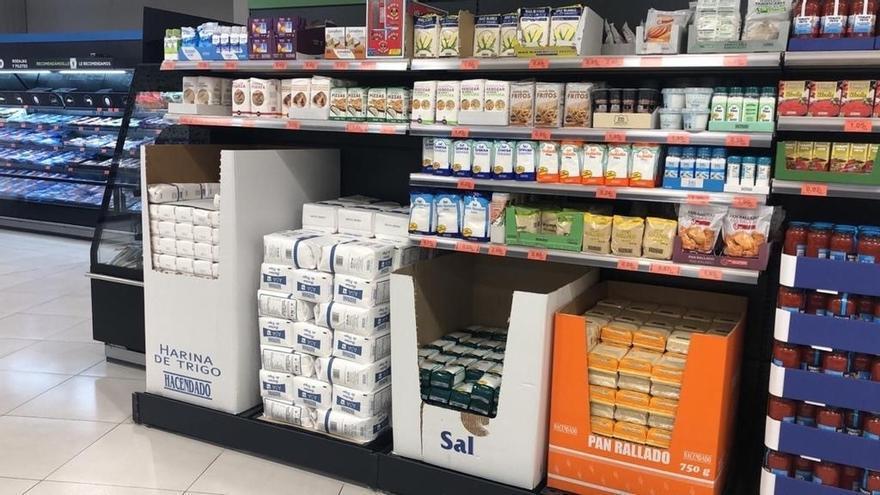 Mercadona entrega 3,5 toneladas al Banco de Alimentos de Cantabria