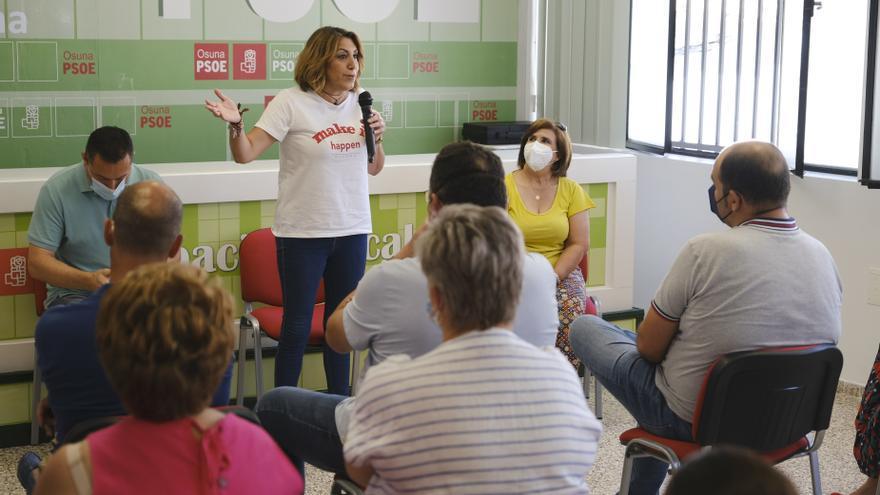 Archivo - La secretaria general del PSOE-A y candidata a las elecciones primarias, Susana Díaz, este sábado en Osuna (Sevilla).