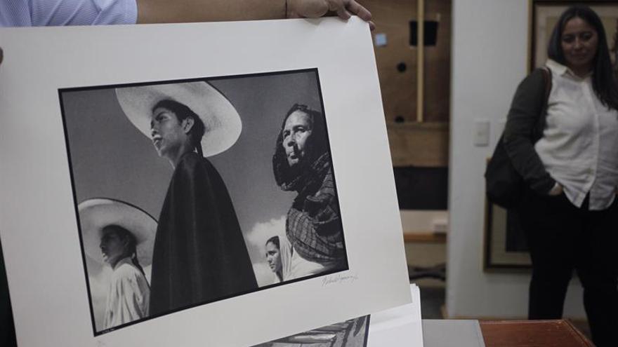 La fotografía de los ojos de María Félix se queda esperando comprador