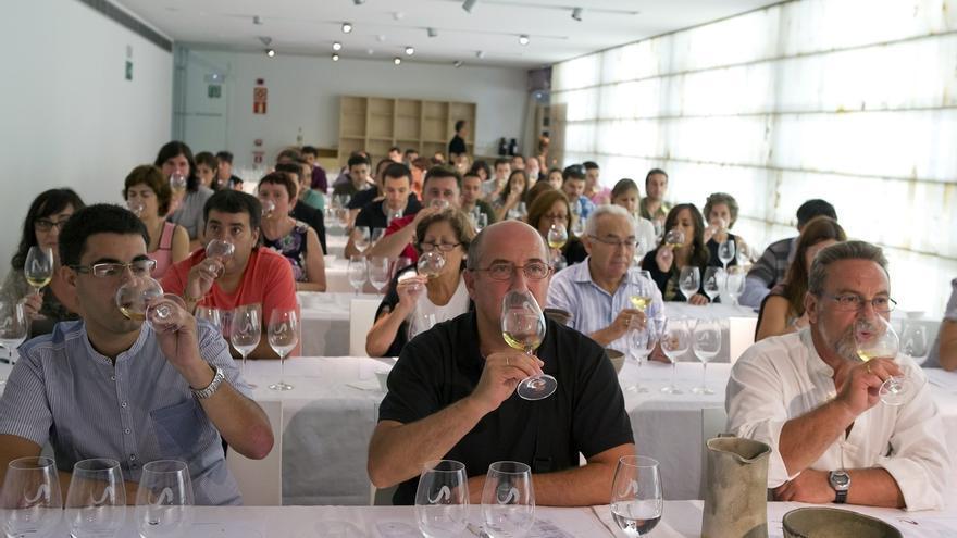 El Ayuntamiento de Pamplona ofrece catas de vinos y degustación de aceites de oliva