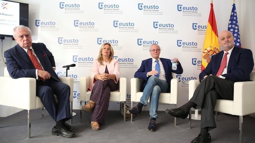 """Josep Piqué y el exembajador Rupérez piden al Gobierno que actúe para frenar """"la erosión de la imagen de España"""""""