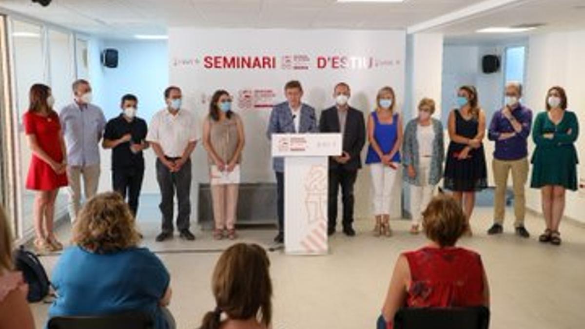 El Gobierno valenciano en la rueda de prensa final tras el seminario celebrado en Albocàsser y Benassal.
