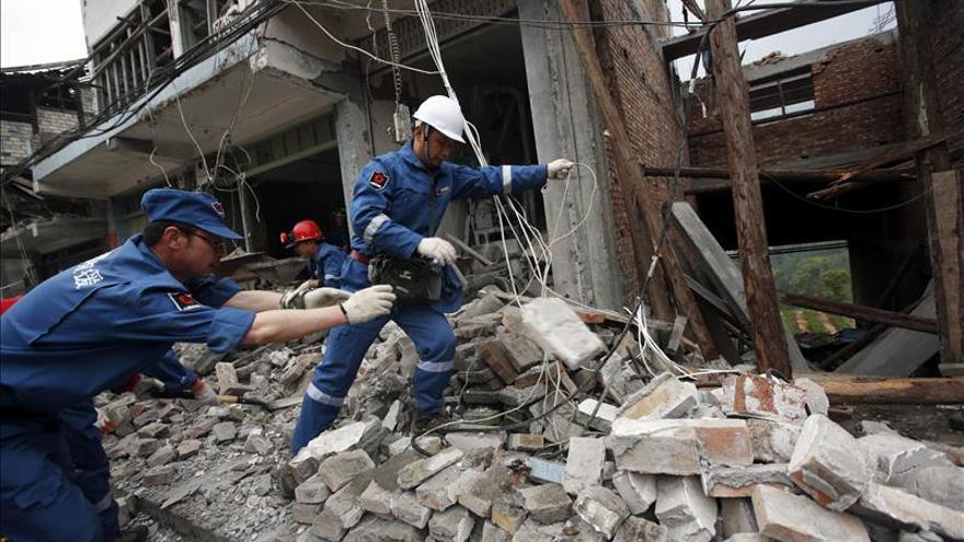 Dos muertos y 54 heridos en el terremoto de Sichuán