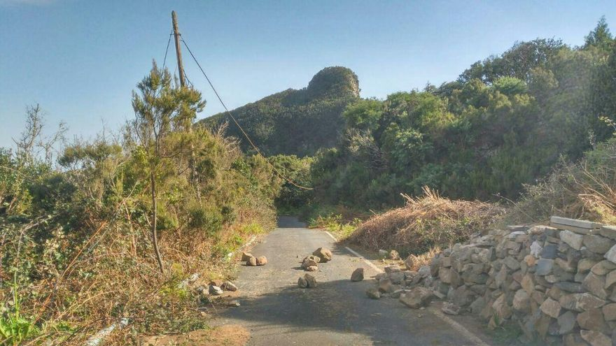 Piedras en una de las vía de acceso a esa cumbre
