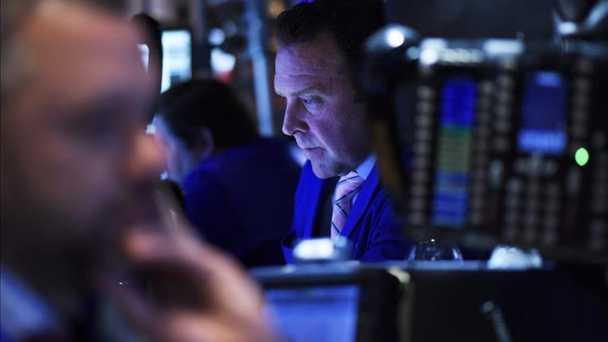 Wall Street abre al alza y el Dow Jones sube un 0,73 por ciento