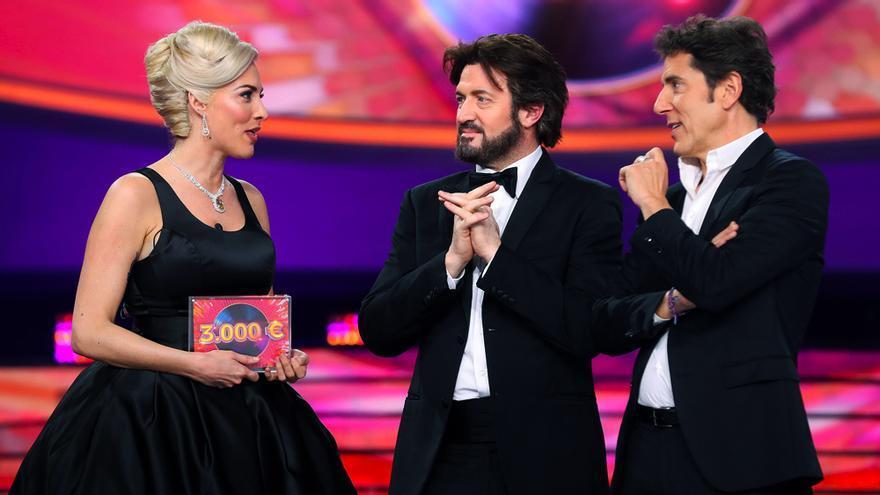 Rocío Madrid junto a Alex O'Doherty y Manel Fuentes tras ganar la gala 9 de 'TCMS'