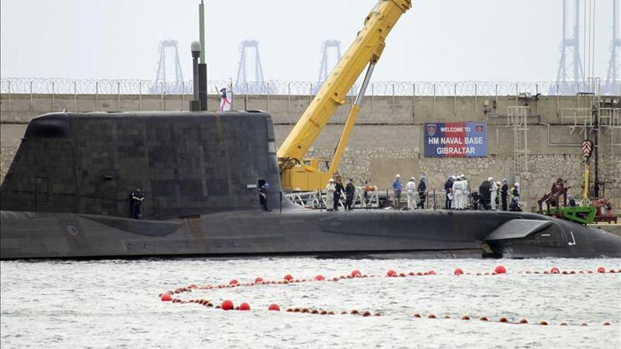 El submarino HMS Ambush abandona Gibraltar por segunda vez en menos de un mes