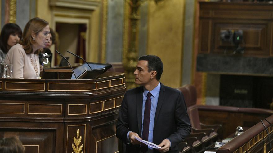 Sánchez pide al Congreso que acelere la tramitación de las leyes de igualdad salarial y de subcontrataciones