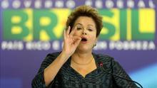 Rousseff invita a los presidentes latinoamericanos a acompañar al papa a Río