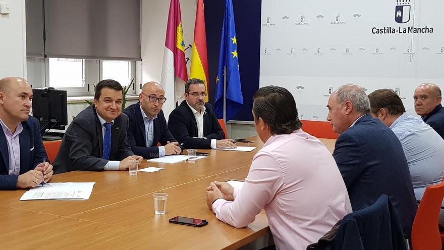 Reunión del consejero con la Federación Regional de Regantes